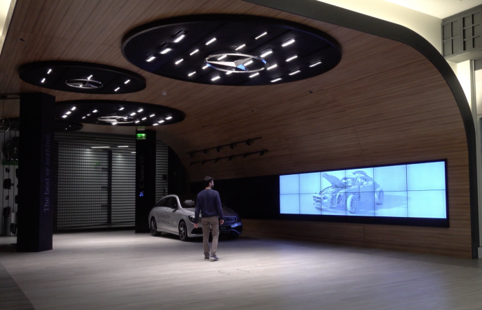 INTERACTIVE EXPERIENCES MERCEDES-BENZ STORE